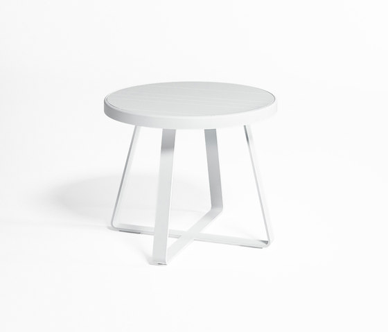 Flat High Circular Table by GANDIABLASCO | Dining tables