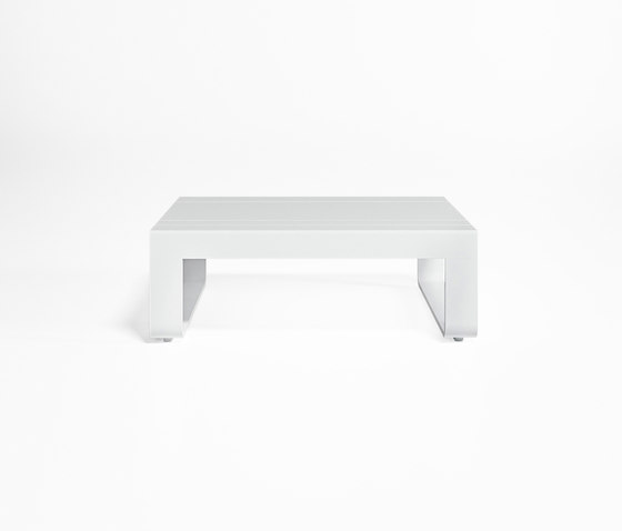 Flat Table for Chaiselongue by GANDIABLASCO   Coffee tables