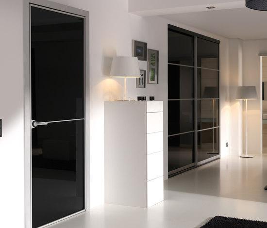 Swing pivot door by raumplus | Internal doors