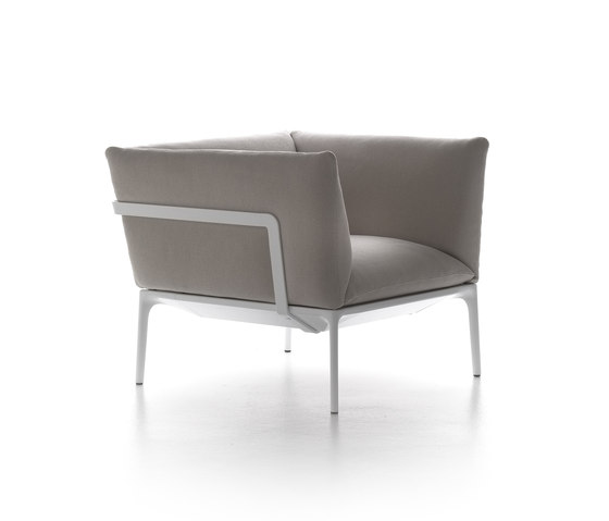 Yale armchair by MDF Italia | Lounge chairs