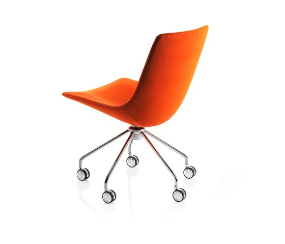 Comet Chair by Lammhults | Task chairs