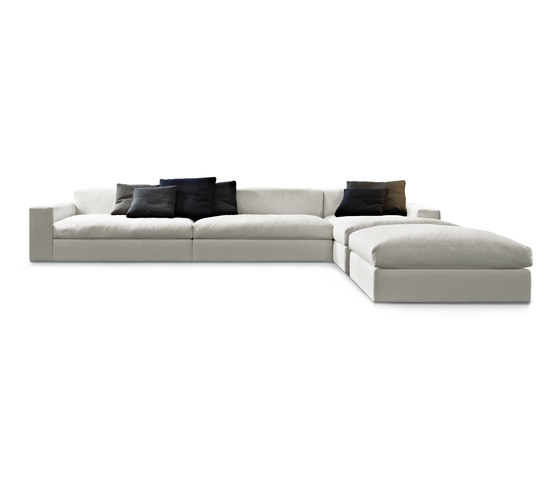 Dune sofa by Poliform | Sofas