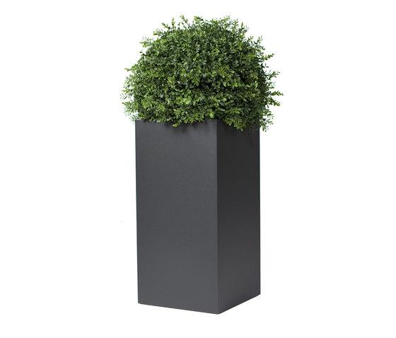 Linné 30x60 by Röshults | Flowerpots / Planters