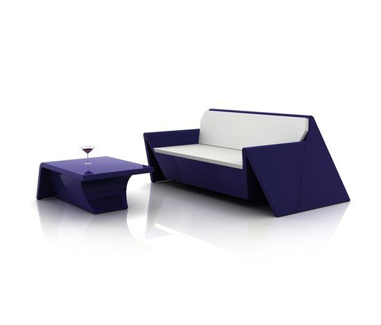 Rest sofa by Vondom | Coffee tables