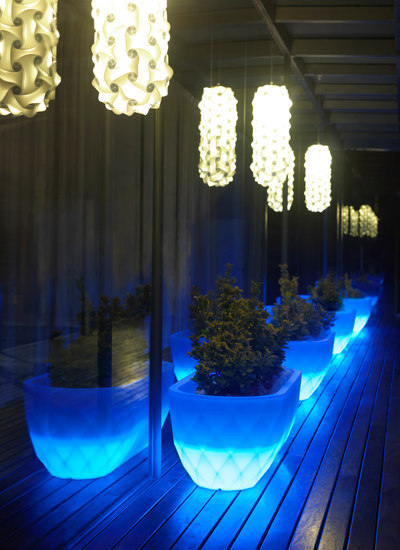 Vases Jardinera Llum by Vondom | General lighting