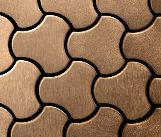 Ubiquity Titanium Amber Brushed Tiles von Alloy | Metall Mosaike