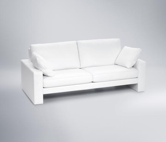 Claro 208 von FSM | Sofas