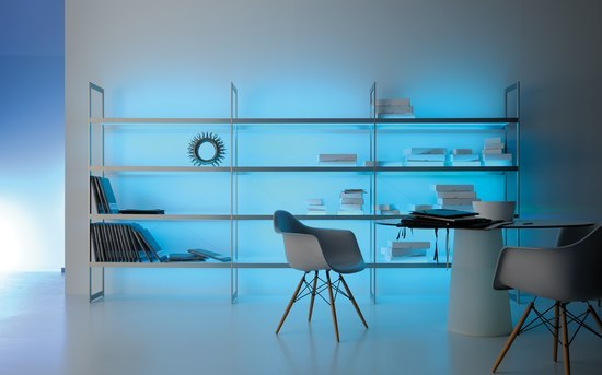 Lighting system 6 Light shelf 300 de GERA | Illuminated shelving