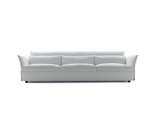 Charmy Sofa by ARFLEX | Lounge sofas