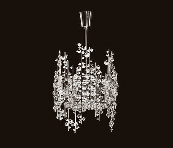 Ice Bud Chandelier by LOBMEYR | Ceiling suspended chandeliers