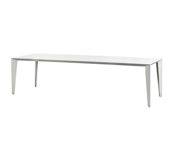 FOLD & PROFILES by Colect | Dining tables