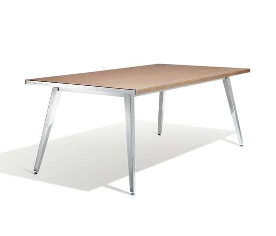 Play Dining table by DEDON | Canteen tables
