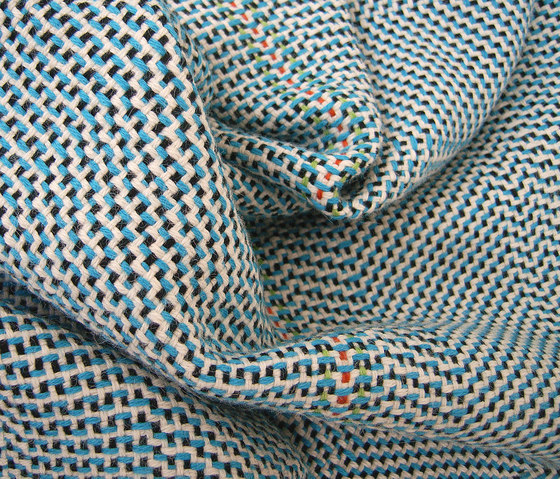 AmA 1 turquoise-white by Isabel Bürgin | Plaids / Blankets