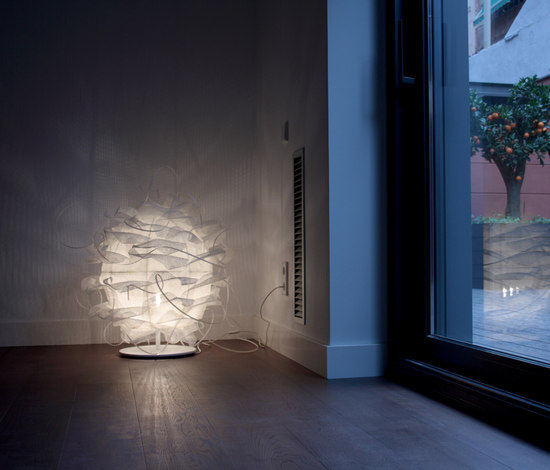 Struk T Floor lamp by Luz Difusión | General lighting