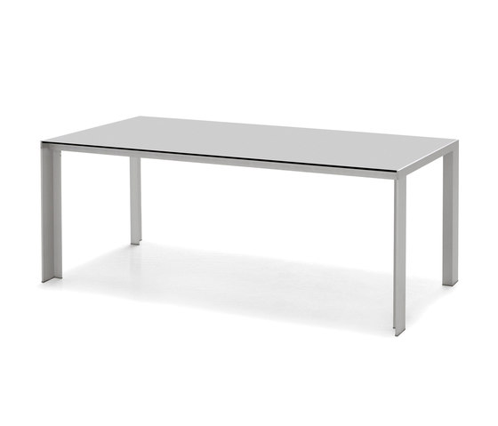 Deneb HPL by STUA | Dining tables