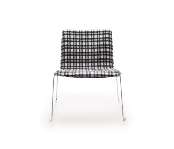 Wire Lounge Chair by AKABA | Lounge chairs