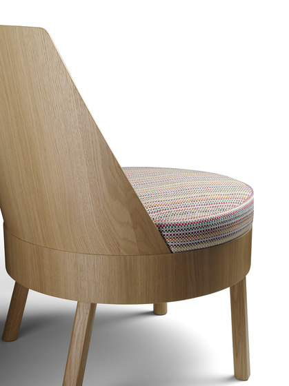 BESSY by e15 | Lounge chairs