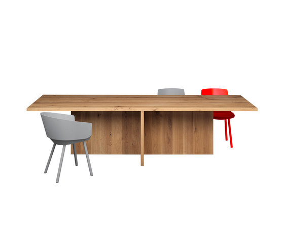 ZEHN by e15 | Meeting room tables