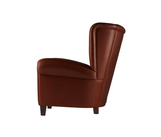 savina by poltrona frau product. Black Bedroom Furniture Sets. Home Design Ideas