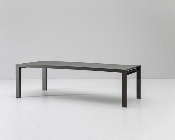 Landscape dining table 8 guests by KETTAL | Dining tables