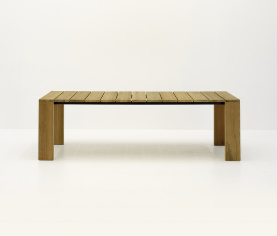 PIER 025 by Roda | Dining tables