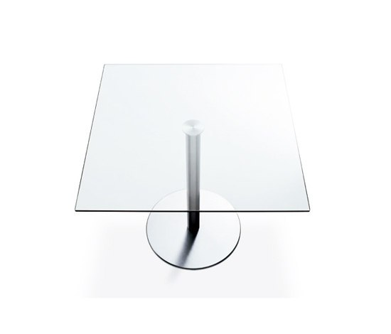 Nox Glass square table by Desalto | Cafeteria tables