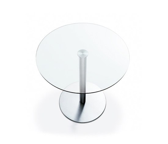 Nox Glass round table by Desalto | Cafeteria tables