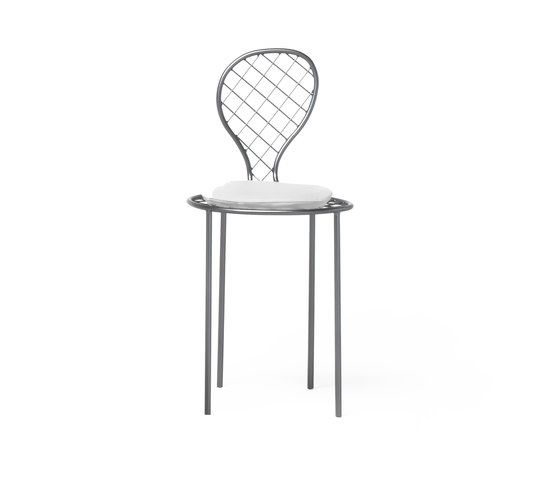 Family chair by Living Divani | Garden chairs
