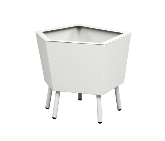 Elevation Planter di FLORA | Fioriere