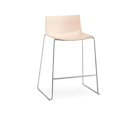 Catifa 46 | 0572 by Arper | Bar stools