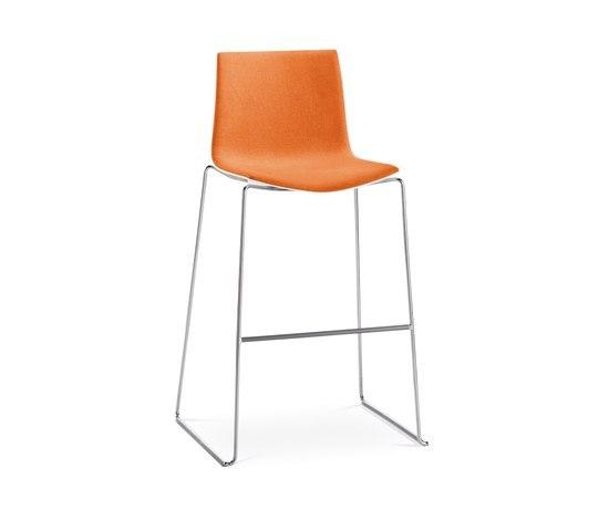 Catifa 46 | 0478 by Arper | Bar stools