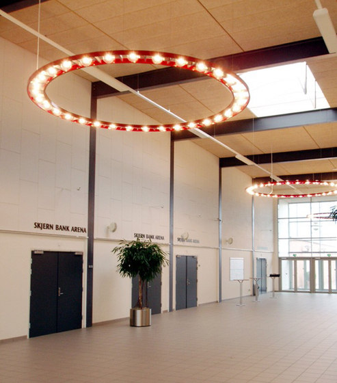 SKJERN chandelier de Okholm Lighting | Lámparas de araña