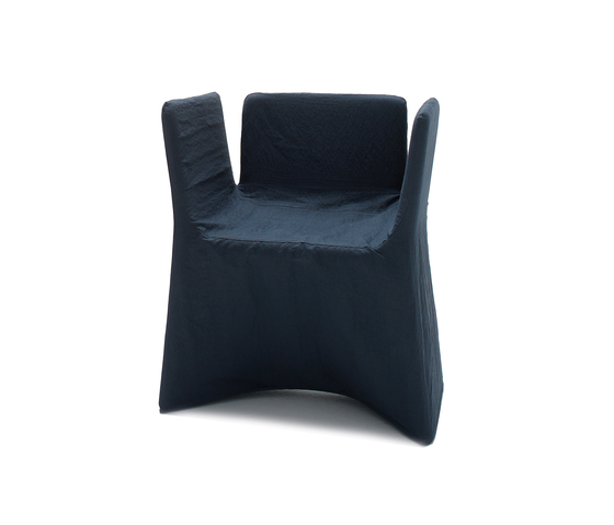 May Armchair by ARFLEX | Chairs