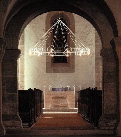 LIPPOLDSBERG chandelier by Okholm Lighting | Chandeliers
