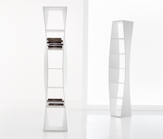 Parentesi by Bonaldo | Wall shelves