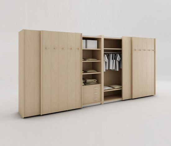 Hangar Dressing Guard by Riva 1920 | Cabinets
