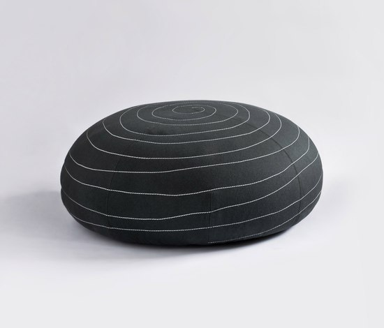 Spin by Tacchini Italia | Poufs