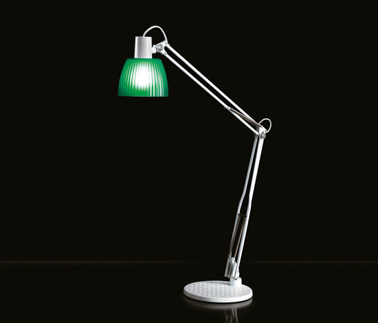 Opera by Caimi Brevetti | Task lights