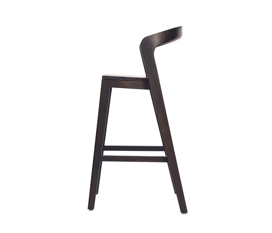 Play Barstool High – Oak Stained von Wildspirit | Barhocker