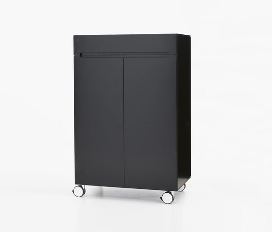 Stow STH75-2 by Karl Andersson | Cabinets