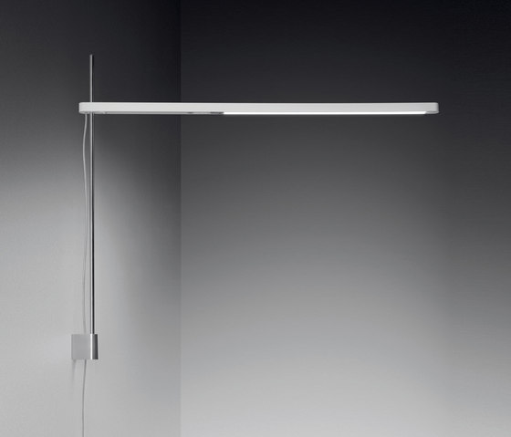 Talak wall lamp by Artemide | Task lights