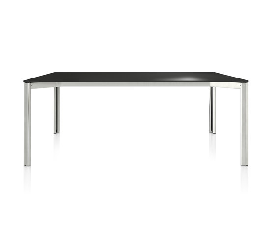 P5 by B+W | Seminar tables
