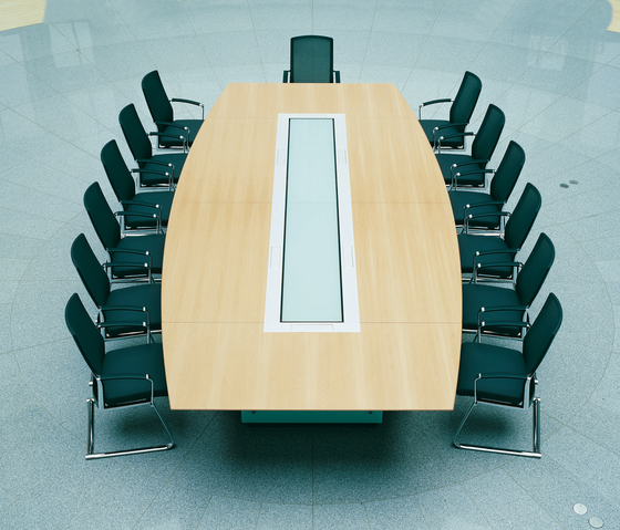 CONLINE.X by König+Neurath | Multimedia conference tables