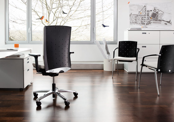 TENSA Swivel chair by König+Neurath | Management chairs