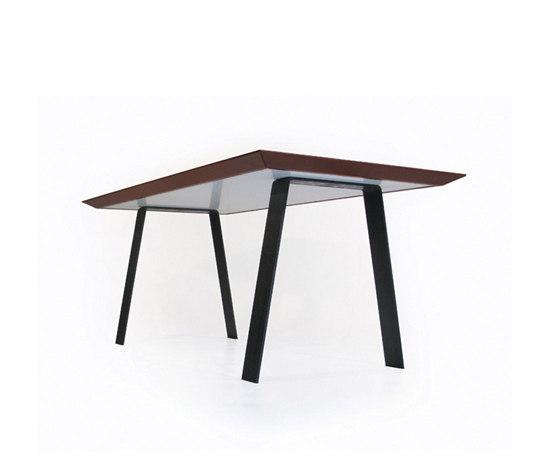 Personal Table Leather de ZinX | Bureaux de direction