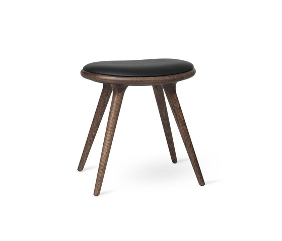 Low Stool - Dark Stained Oak - 47 cm by Mater | Stools