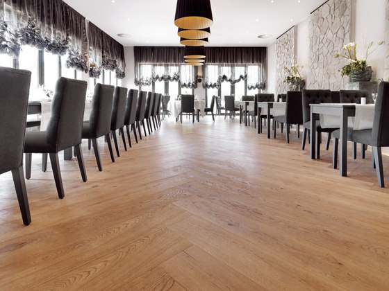 OAK Country brushed | natural oil by mafi | Wood flooring