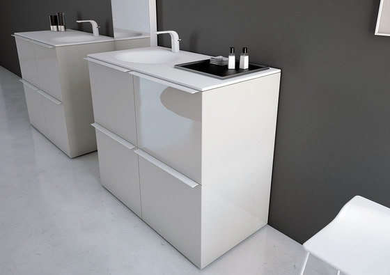 Ka Bathroom Furniture Set 14 di Inbani | Mobili lavabo