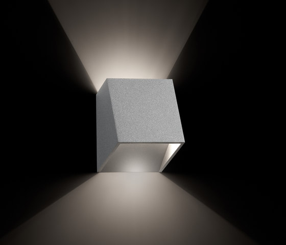 25° wall by tossB | General lighting