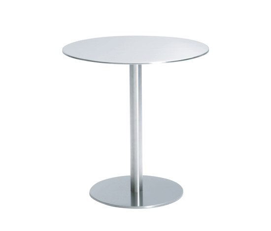 Nox round table by Desalto | Cafeteria tables